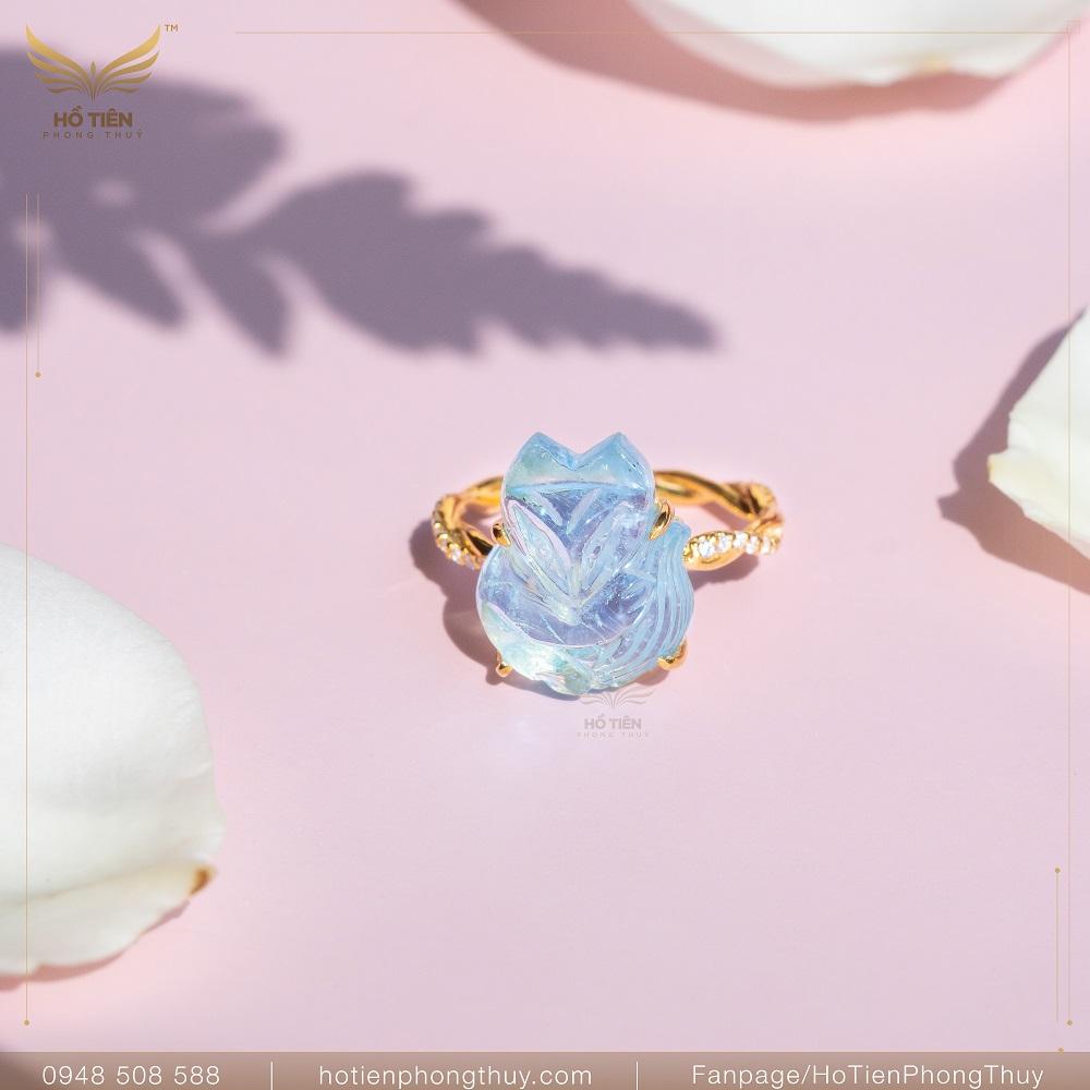 nhẫn hồ ly phong thủy đá aquamarine