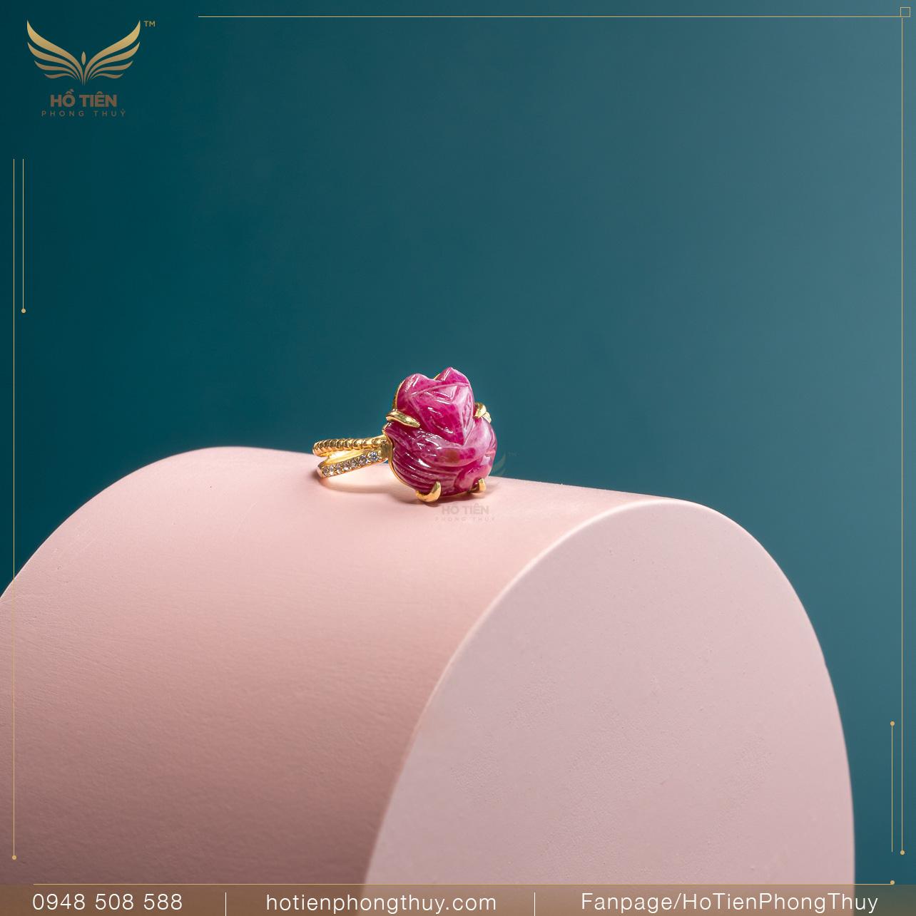 Nhẫn hồ ly đá Ruby