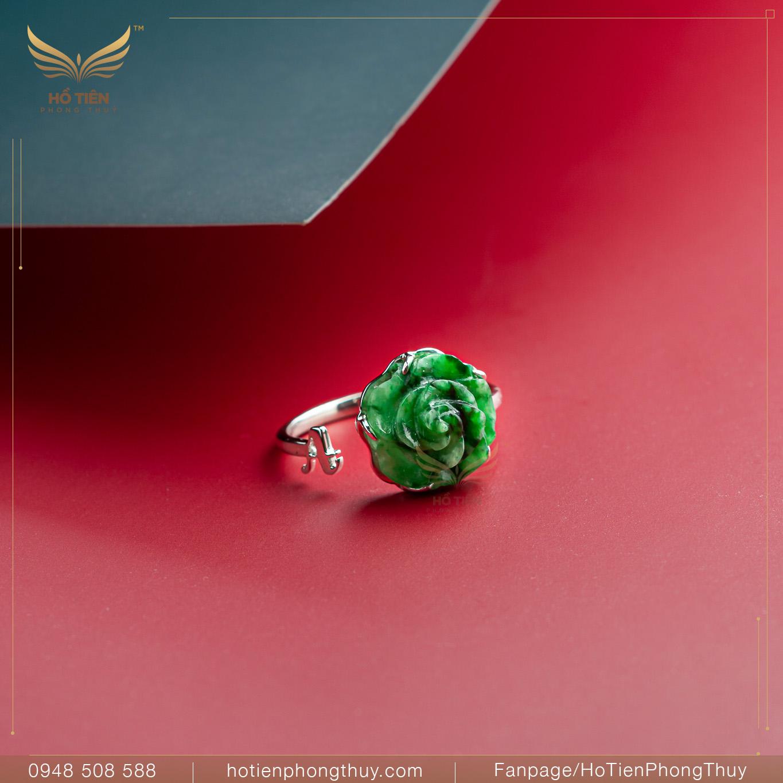 nhẫn hoa mẫu đơn cẩm thạch