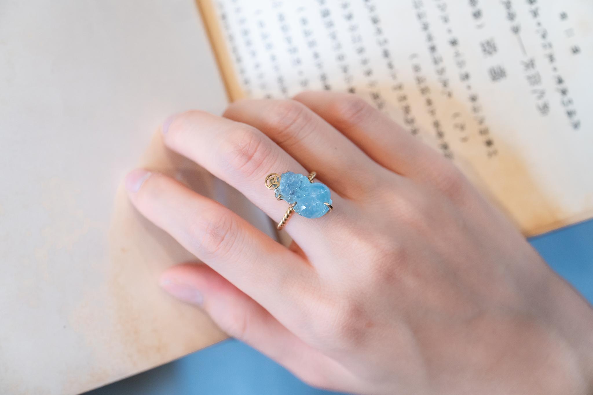 Nhẫn tỳ hưu đá Aquamarine hợp mệnh Thủy