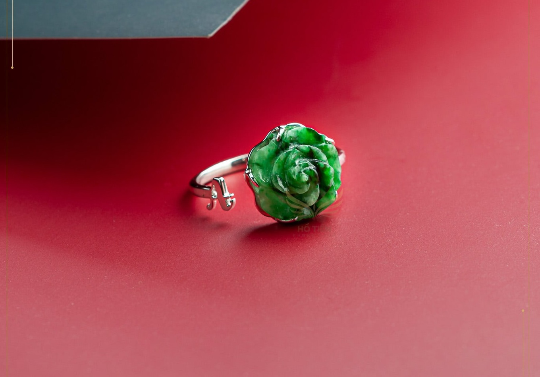 Nhẫn hoa mẫu đơn ngọc cẩm thạch xanh
