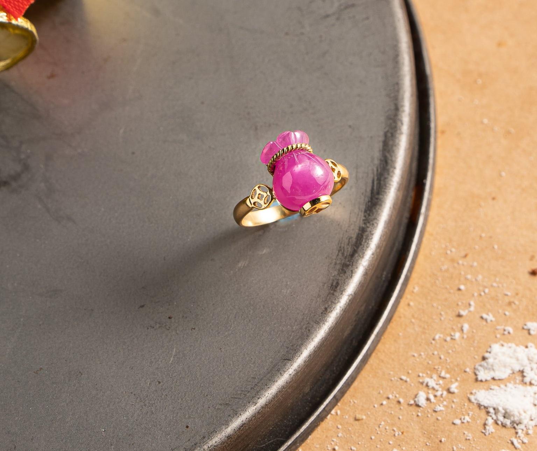 Nhẫn túi tiền ruby