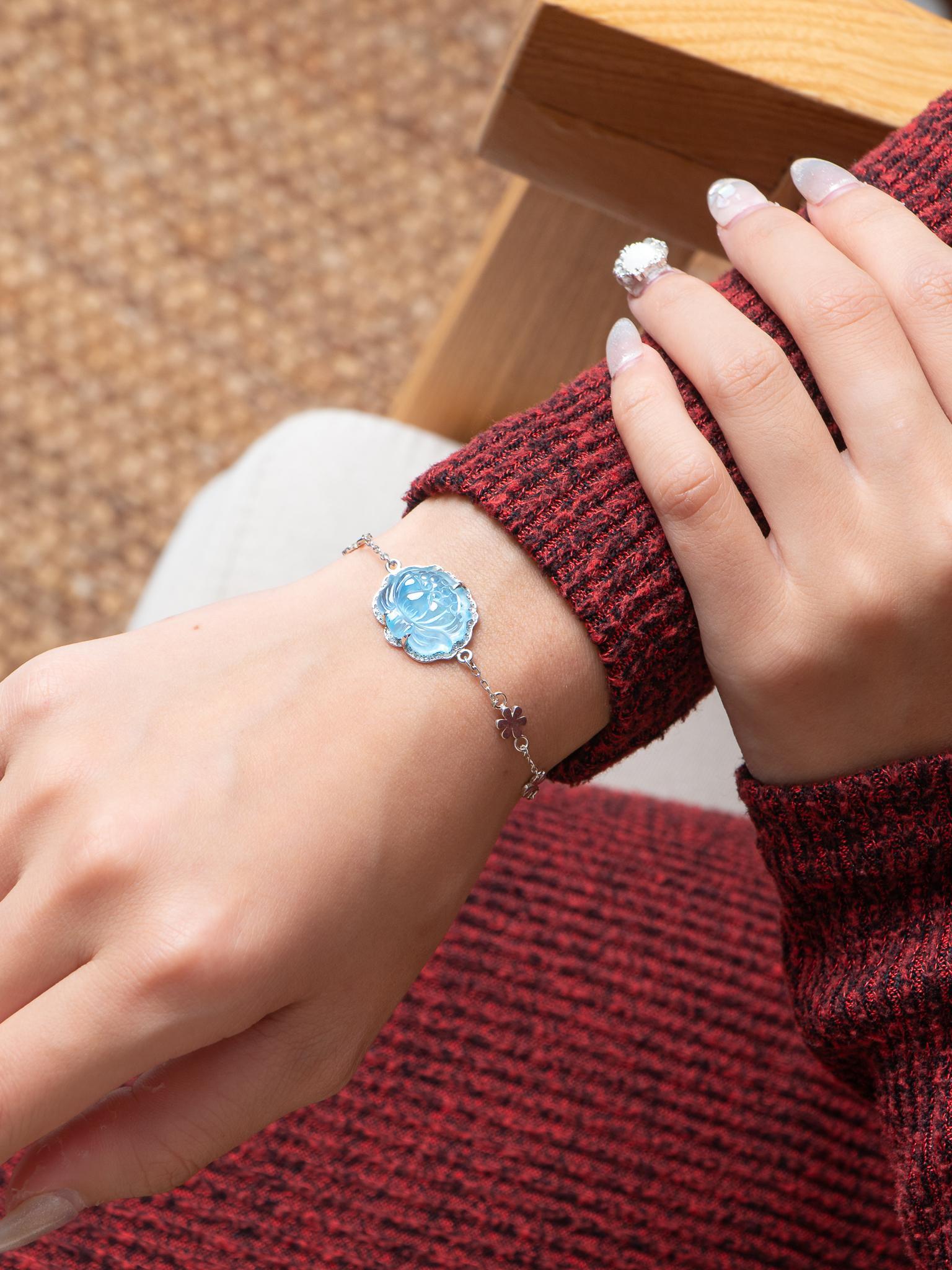 Vòng tay hoa sen mệnh đá Aquamarine