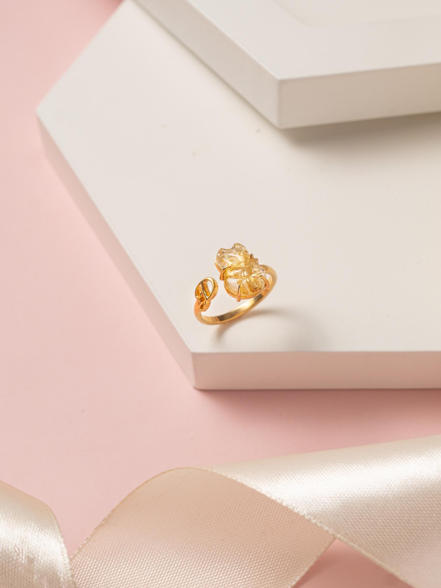 cách làm sáng nhẫn vàng đính đá