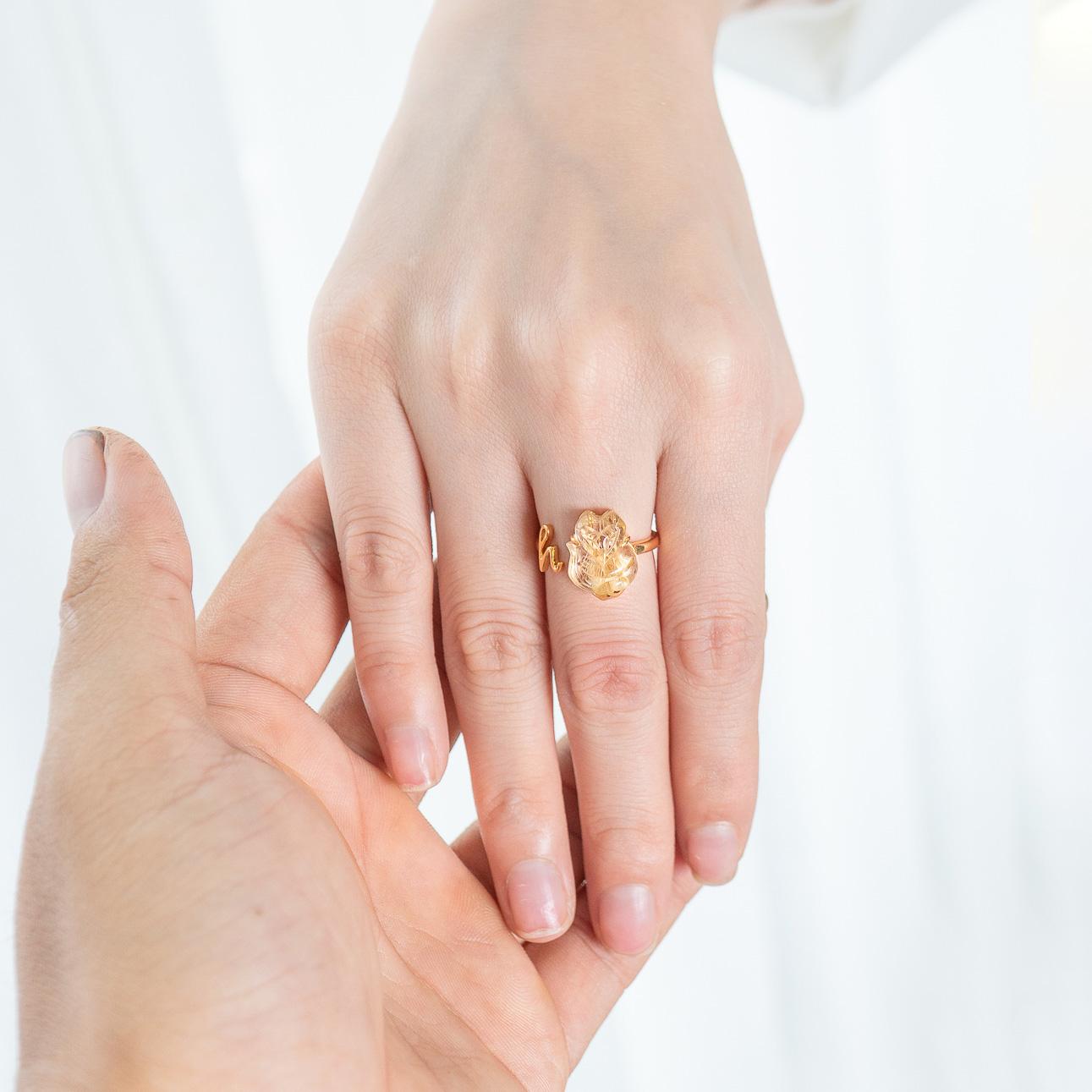 Nhẫn cưới đeo ngón tay nào