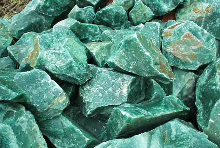 Đặc điểm và ý nghĩa của đá Thạch Anh